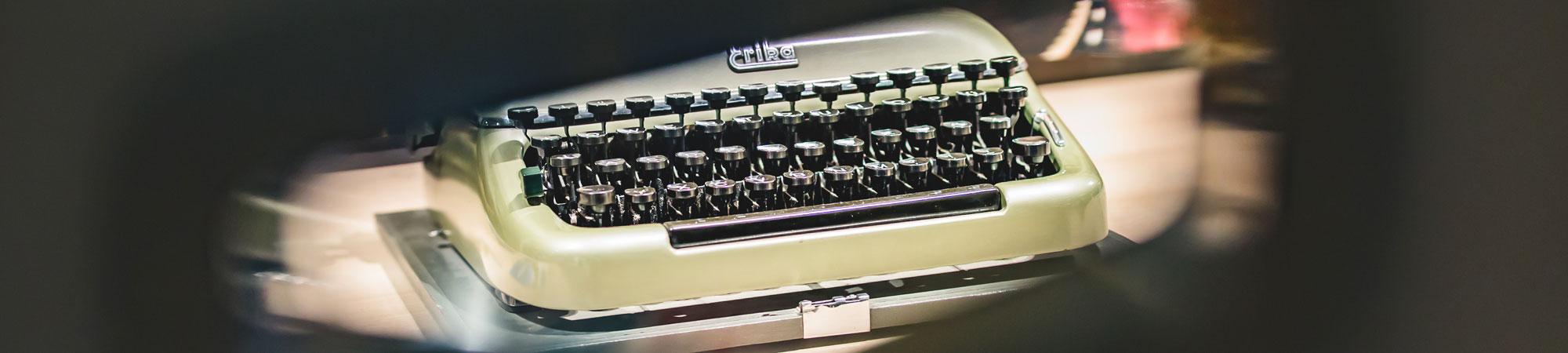 Möbel Schröter Arbeitszimmer Schreibmaschine